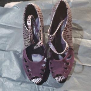 Purple suede and crocodile platform style pumps